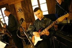 gitara na weselu